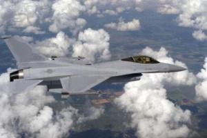Пекин пригрозил Вашингтону санкциями за продажу истребителей Тайваню