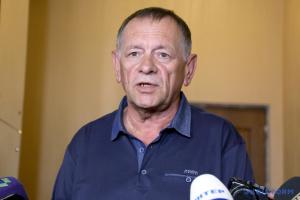 Отец Екатерины Гандзюк не видит смысла встречаться с генпрокурором