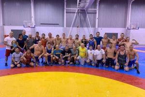Збірна України з вільної боротьби розпочала навчально-тренувальний збір у Польщі