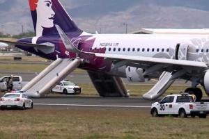 У США літак здійснив аварійну посадку, є постраждалі