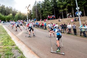 Лапшин выиграл суперспринт чемпионата мира по летнему биатлону