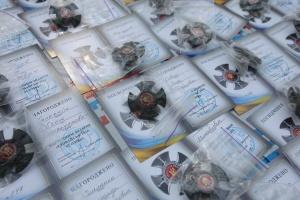 В Харькове вручили награды бойцам, которые принимали участие в боях за Иловайск