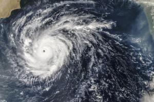 На Мексику надвигается ураган Lorena