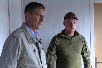 Delegación de Suiza visita el área de la Operación de las Fuerzas Conjuntas (Fotos)
