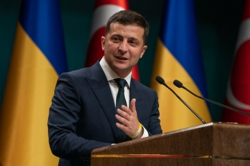 Selenskyj: Niemand hat Zweifel daran, wer in Wirklichkeit Frieden im Donbass will