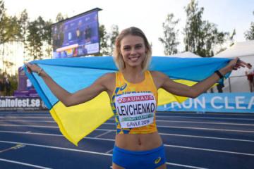Levchenko y Kokhan reconocidos como los mejores atletas de julio en Ucrania