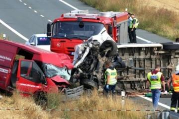 W wypadku w Czechach zginęło dwóch Ukraińców ZDJĘCIA