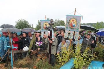Les habitants de la région de Jytomyr ont fait leurs adieux à un militaire ukrainien mort à l'hôpital (photos)