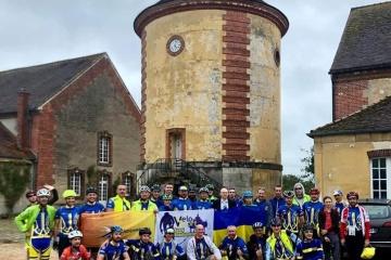 Plus de 80 Ukrainiens participent à la randonnée Paris-Brest-Paris