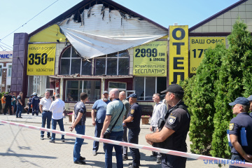 Украинские отели дополнительно проверят после пожара в Одессе