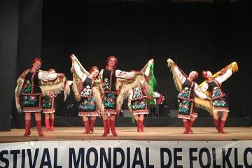 Atemberaubender Hopak beim 59. Internationalen Volkskunstfestival in Belgien
