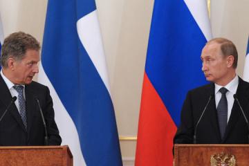 Finnischer Präsident spricht vor seinem Besuch in Kyjiw mit Putin über die Ukraine