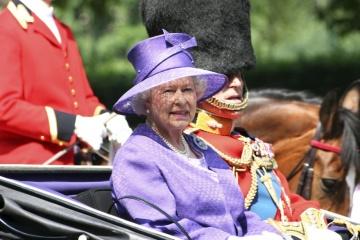Zelensky greets Queen Elizabeth II on her birthday