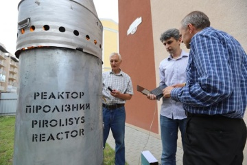 Украинские ученые предложили безопасный способ переработки отходов птицеводства
