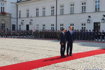 Zelensky and Duda meet at Presidential Palace in Warsaw. Photos