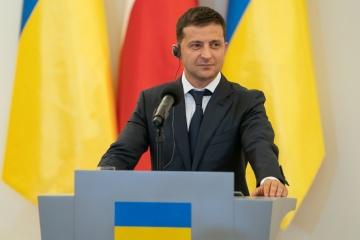 Zelensky dit qu'il poursuivra le cap de l'Ukraine vers l'UE