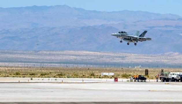 Катастрофа истребителя в Калифорнии: СМИ сообщают о семи пострадавших