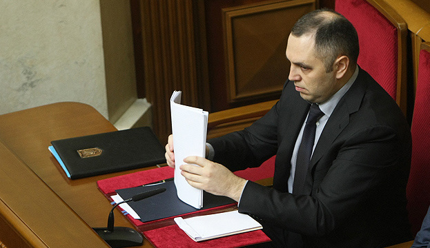 Дело о нападении: адвокат Порошенко считает, что Портнова надо допросить повторно
