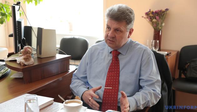 Для захисту інтересів України необхідно зупинити відплив «мізків» і «рук» – експерт