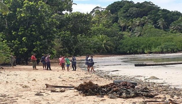 На Фиджи в море упал вертолет, нашли тело одного человека