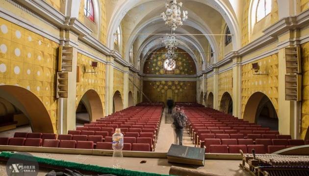 Петиція за порятунок монастиря та костелу у Львові зібрала вже 180 підписів