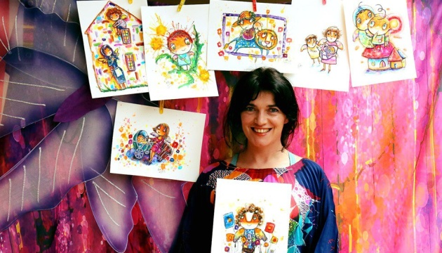 Художниця з Каліфорнії продала понад 700 малюнків янголів для допомоги дітям в Україні