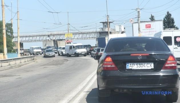 Ремонт ДніпроГЕСу паралізував рух транспорту в Запоріжжі