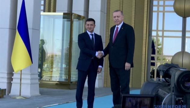 Зеленський обговорив з Ердоганом угоду про вільну торгівлю