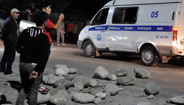 Штурм дома экс-президента Кыргызстана: пострадали 52 человека, один - в коме