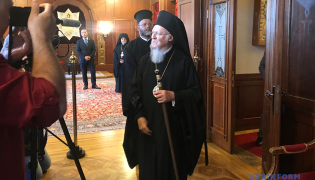 Вселенський патріарх Варфоломій привітав українців з Різдвом