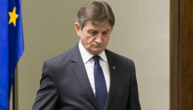 Спікер Сейму Польщі йде у відставку через скандал з авіаперельотами