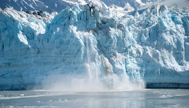 """Аномальна спека """"розтопила"""" весь лід  у водах Аляски — вчені"""