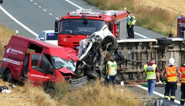 Two Ukrainians killed in road accident in Czech Republic