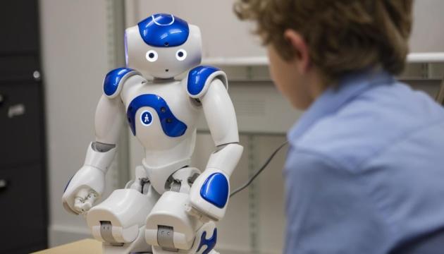 Науковці у США хочуть навчити роботів думати самотужки