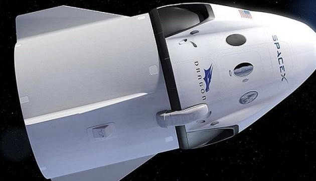 Астронавти NASA на SpaceX Crew Dragon полетять не раніше 2020 - ЗМІ