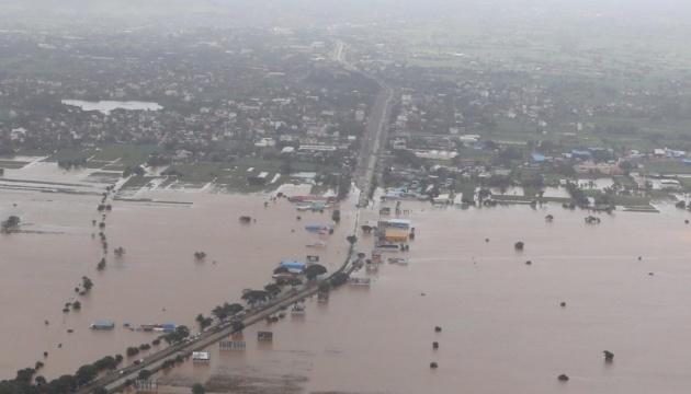 Зливи в Індії: українців просять бути обачними
