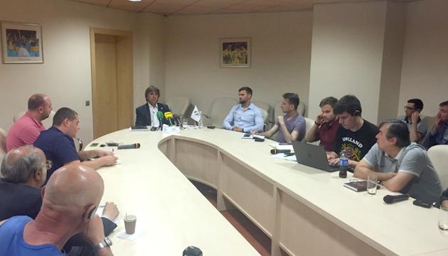 УПЛ не змінювала свого логотипу, нову емблему отримав чемпіонат України - Грімм