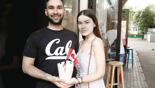 Канадець українського походження переїхав до Києва та відкрив кафе