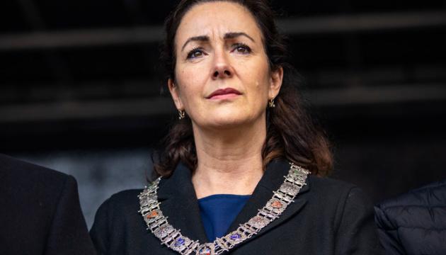 Мер Амстердама обурилася підвищеною увагою ЗМІ до інциденту за участі її сина