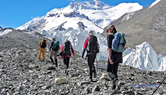 Непал планує посилити вимоги до охочих підкорити Еверест