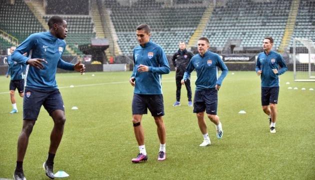 """Футболісти """"Маріуполя"""" провели передматчеве тренуванні в Гаазі"""