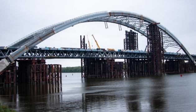 Кличко каже, що пустити авто Подільсько-Воскресенським мостом реально до кінця наступного року
