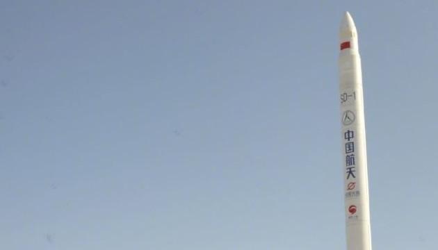 Китай запустил коммерческую ракету