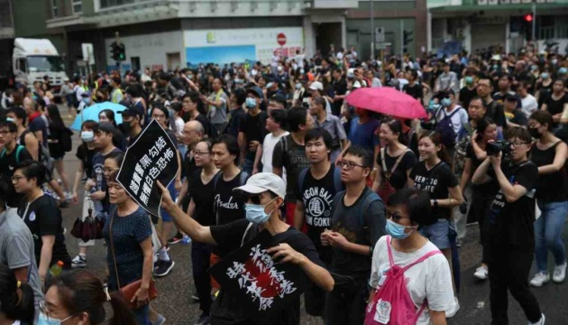 Apple видалив додаток, через який протестувальники в Гонконгу стежили за поліцією