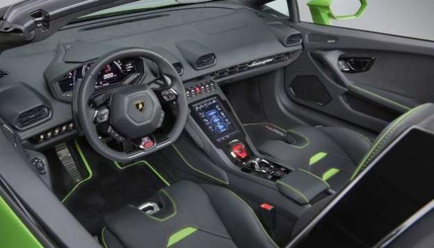 Lamborghini випустить два нових суперкари
