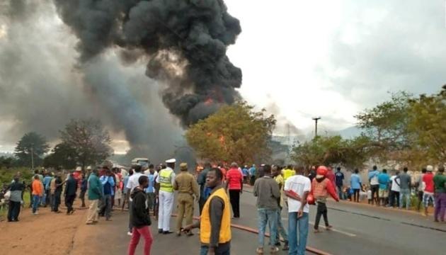 Взрыв бензовоза в Танзании: жертв уже почти сотня