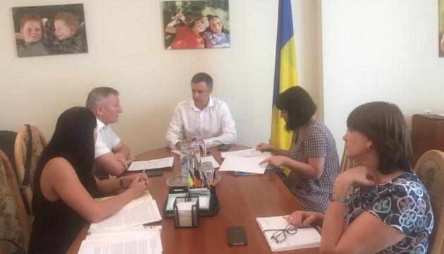 Новий уряд має нагально зайнятися забезпеченням прав дітей у Криму - Кулеба