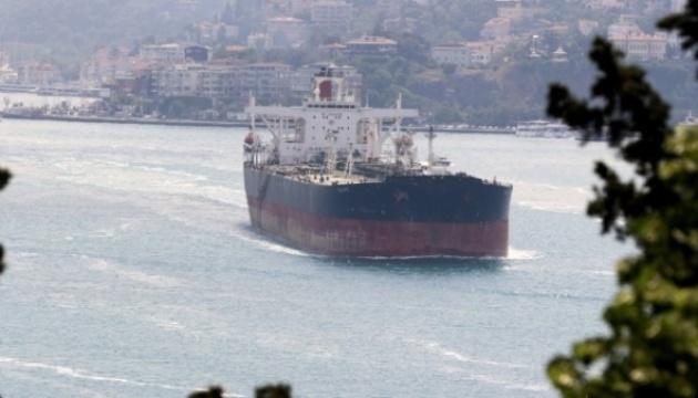 Двое украинских моряков погибли на танкере в Черном море