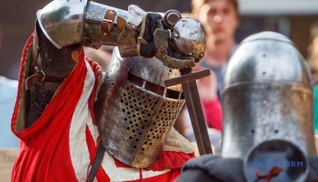 У Луцьку лицарі влаштують середньовічні бої