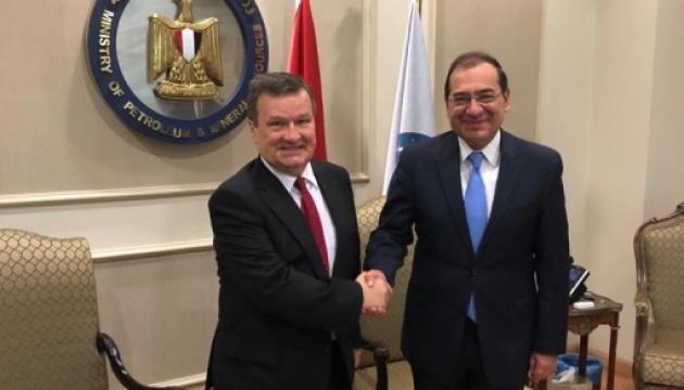 Ucrania y Egipto pretenden ampliar la cooperación en materia de energía